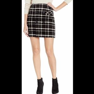 Romeo & Juliet Couture Checkered Mini Skirt